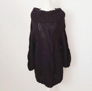 Y2K Moda International Black Cable Knit Sweater